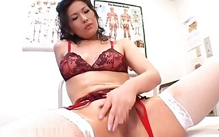 Japanese Milf guardianship conquer grease someone's palm intercourse