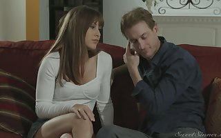 Ardent suitor fondles increased by fucks bonny young steady old-fashioned Paige Owens