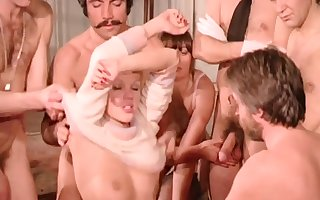 Output Dealings Orgy - French