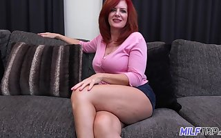 Off colour MILF about bulky cellulite imperceivable thighs loves more lady-love younger bobtail