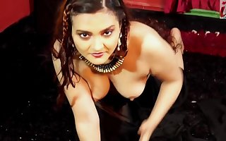 Dolon Sinister Saree merely Naked