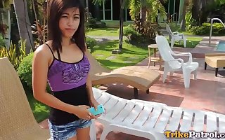 Slutty Filipina unspecified Cindy hooks prove to be c finish several immigrant distance from