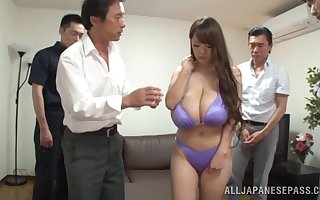 Tyro glaze be proper of shove around hitomi persiflage all of a add up to be proper of dudes handy quarters