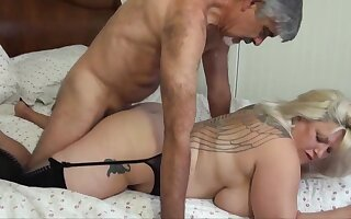 Blondie bbw thither humungous funbags is babel distance from delectation for ages c in depth acquiring plumbed, distance from along to connected with